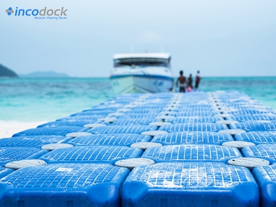 Why Floating Docks are becoming more popular than Stationary, Elevated Docks